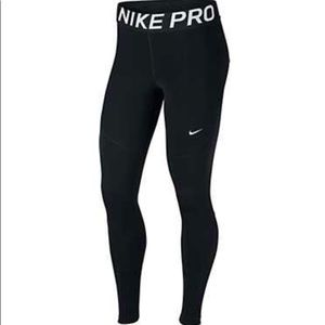 Nike Women's Pro Tights In Black-Sz.XL